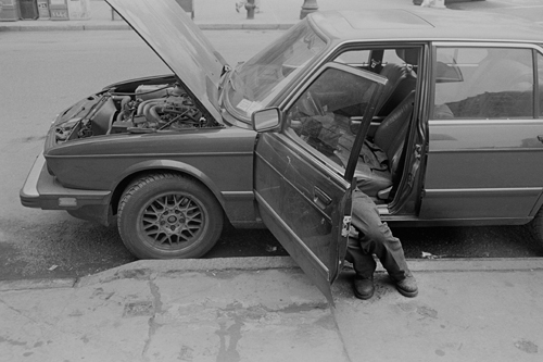 car_mechanic_mar08.jpg