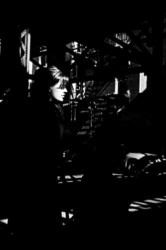 woman_in_light_mar08.jpg