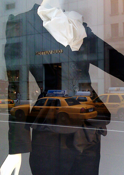 lanvin_in_bergdorf_window